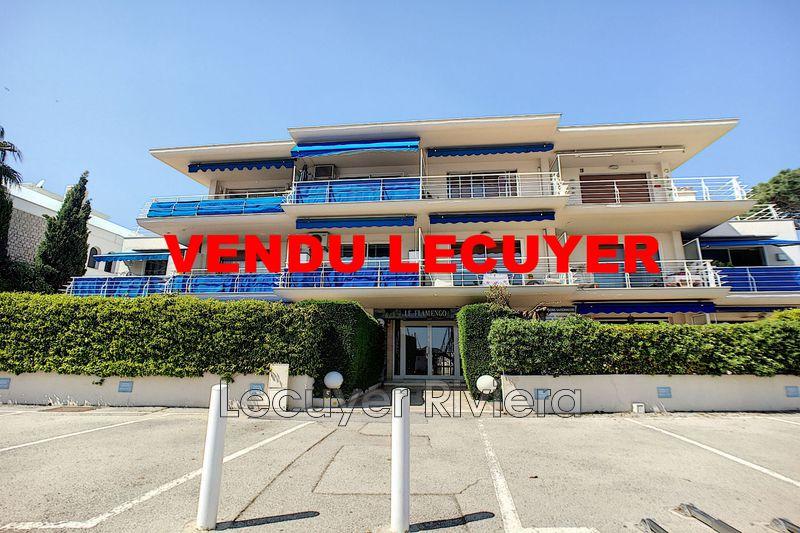 Photo Appartement Golfe-Juan Centre-ville,   achat appartement  1 pièce   28m²