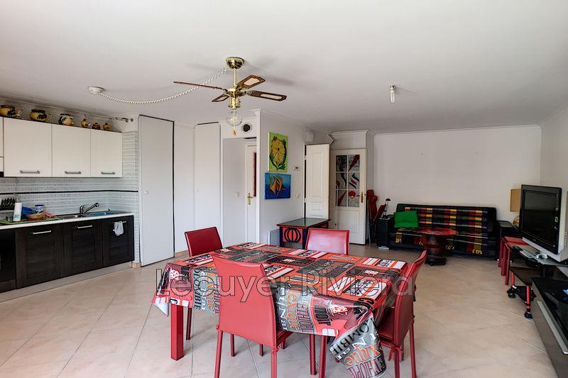 Photo n°3 - Vente appartement Golfe-Juan 06220 - 261 000 €