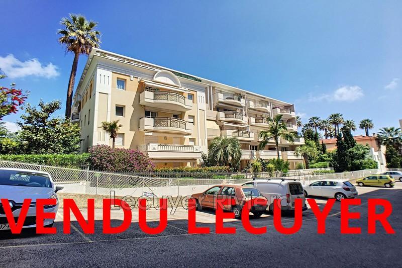 appartement  2 pièces  Golfe-Juan Centre-ville  57m² -