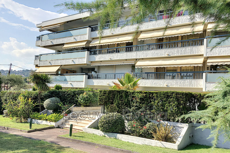Photo Apartment Golfe-Juan Pompidou,   to buy apartment  3 rooms   66 m²