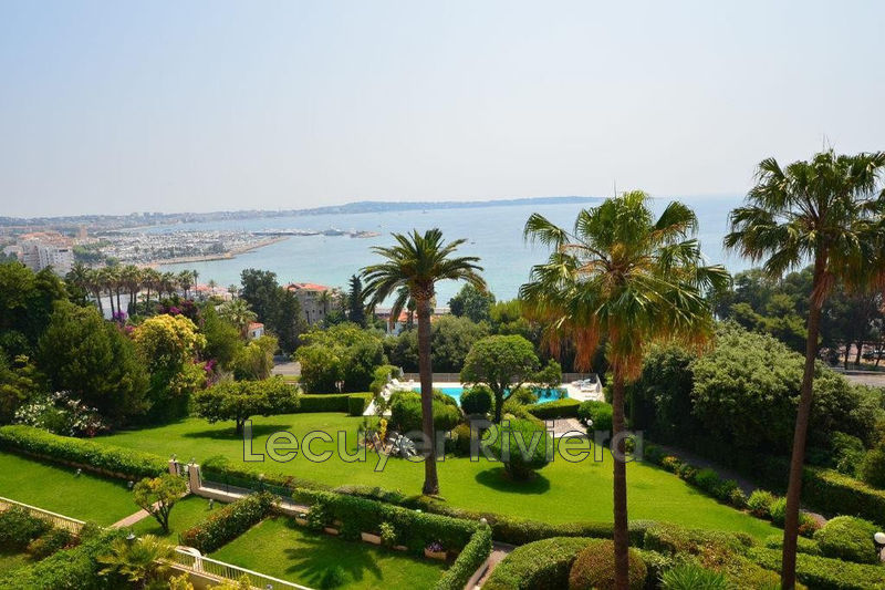 Photo Appartement Golfe-Juan Collines,   achat appartement  3 pièces   79 m²