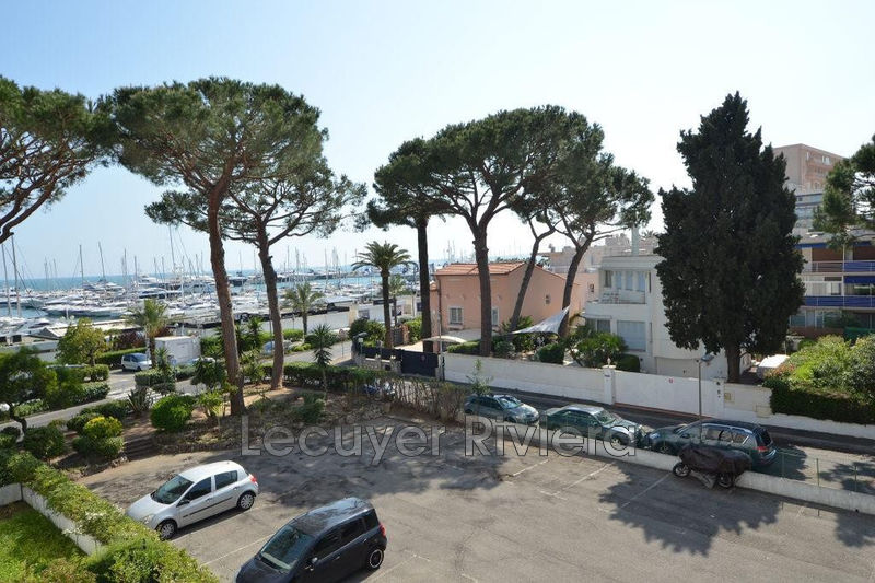 Photo Apartment Vallauris Bord de mer,   to buy apartment  1 room   30 m²