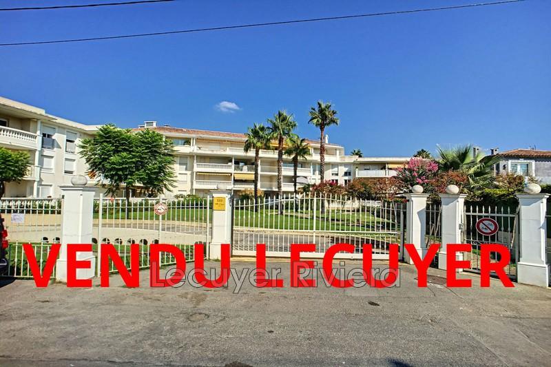 Photo Appartement Golfe-Juan Proche plages,   achat appartement  3 pièces   50m²
