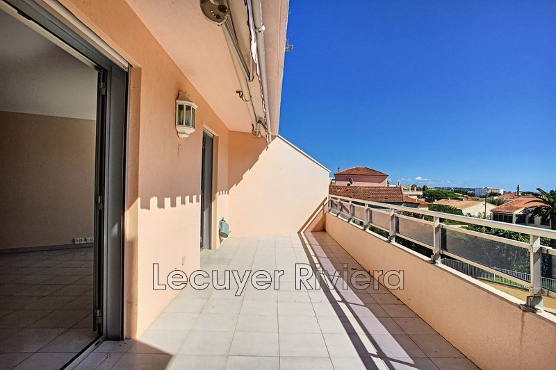 Photo n°2 - Vente appartement Golfe-Juan 06220 - 365 000 €