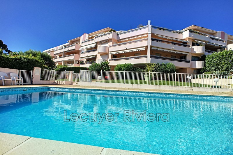 Photo Appartement Golfe-Juan Collines,   achat appartement  3 pièces   81 m²