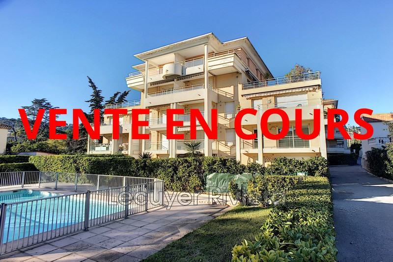 Photo Apartment Vallauris Centre-ville,   to buy apartment  3 rooms   65 m²