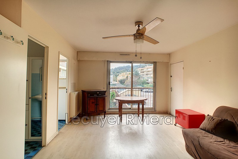 Photo Apartment Golfe-Juan Centre-ville,   to buy apartment  1 room   26 m²