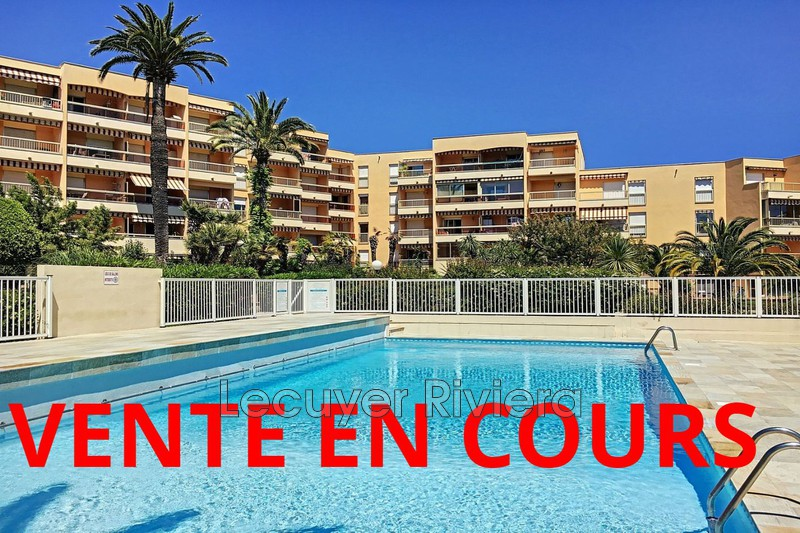 Photo Apartment Golfe-Juan Pompidou,   to buy apartment  1 room   30 m²