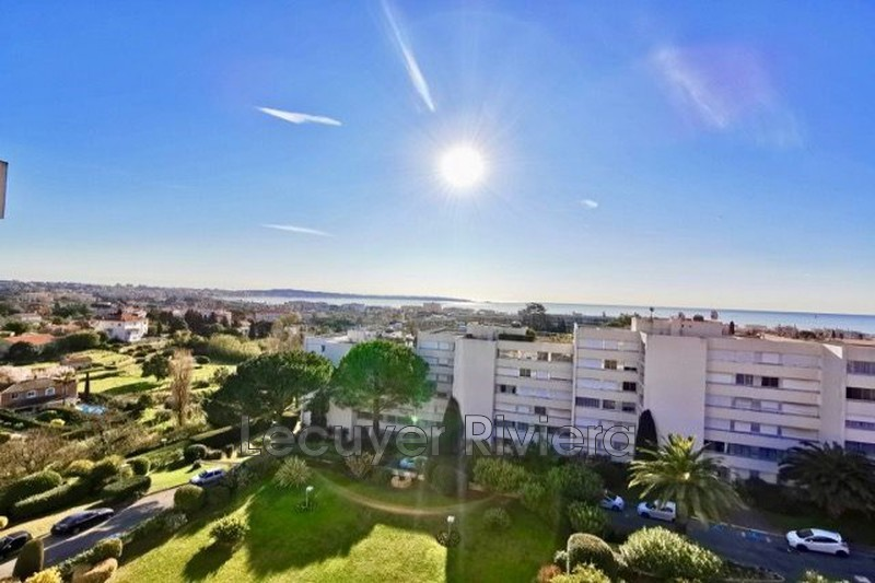 Photo Appartement Golfe-Juan Collines,   achat appartement  4 pièces   93 m²