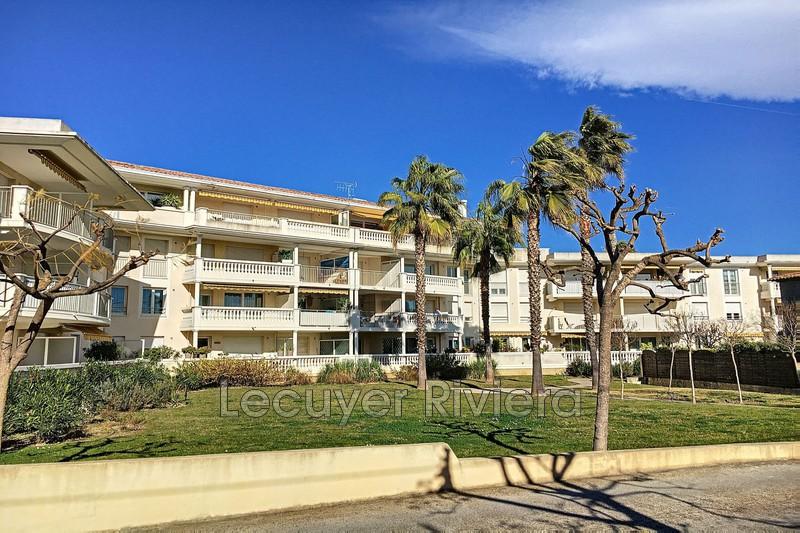 Photo Appartement Golfe-Juan Proche plages,   achat appartement  2 pièces   50m²