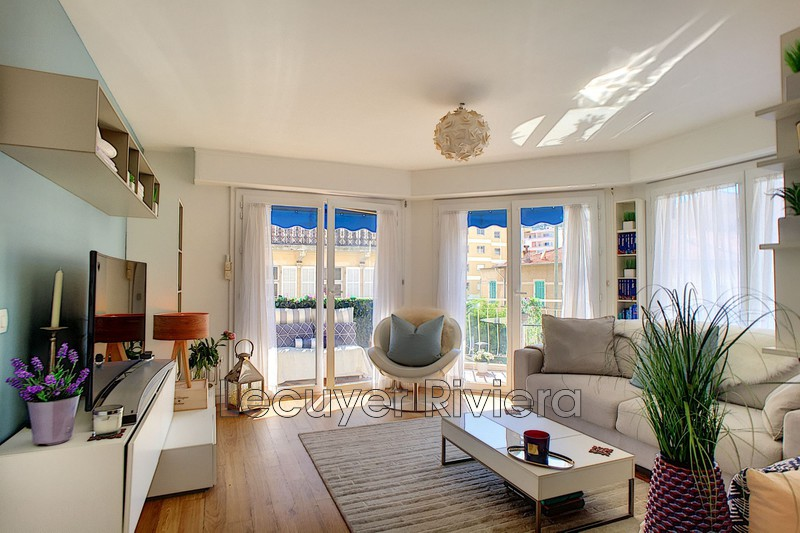 Photo Apartment Golfe-Juan Centre-ville,   to buy apartment  2 rooms   40m²