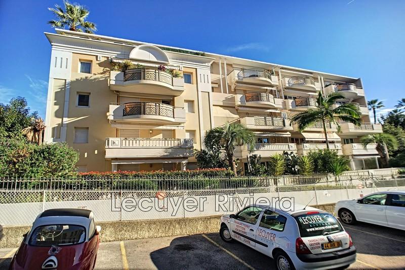 Photo Appartement Golfe-Juan Centre-ville,   achat appartement  2 pièces   43m²