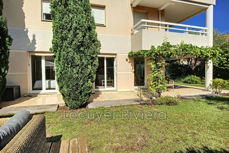Photo Apartment Golfe-Juan Pompidou,   to buy apartment  3 rooms   72 m²