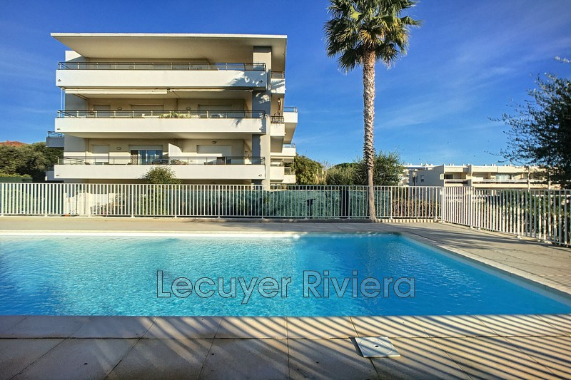 appartement  2 rooms  Antibes Close ti the beaches  42 m² -
