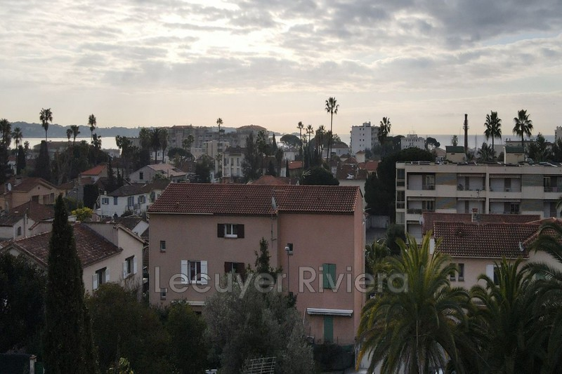 Photo Apartment Golfe-Juan Centre-ville,   to buy apartment  4 rooms   86 m²