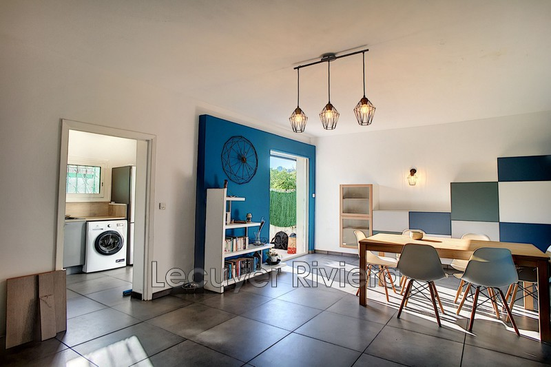 appartement  3 rooms  Golfe-Juan Seaside  63m² -