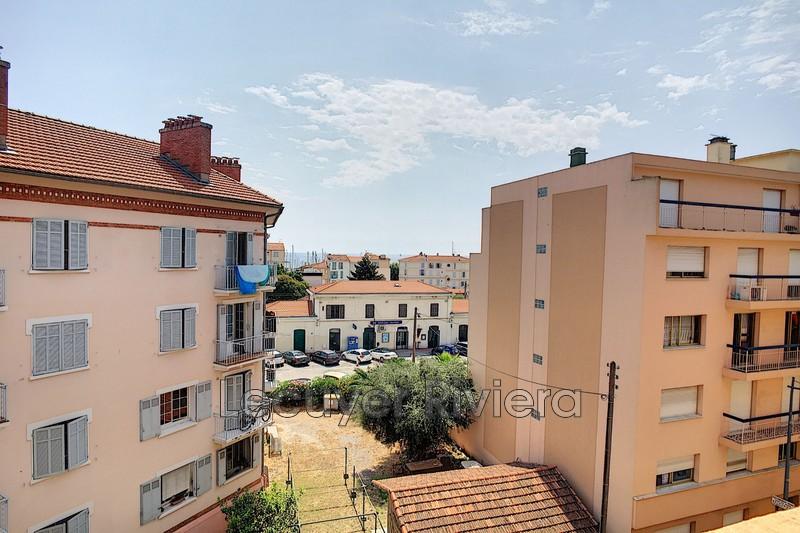 appartement  2 pièces  Golfe-Juan Centre-ville  44m² -