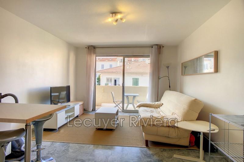 appartement  studio  Golfe-Juan Centre-ville  22m² -