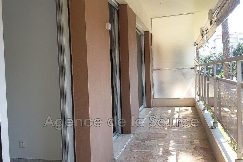 Photo Appartement Cannes Basse californie,  Location appartement  2 pièces   50 m²