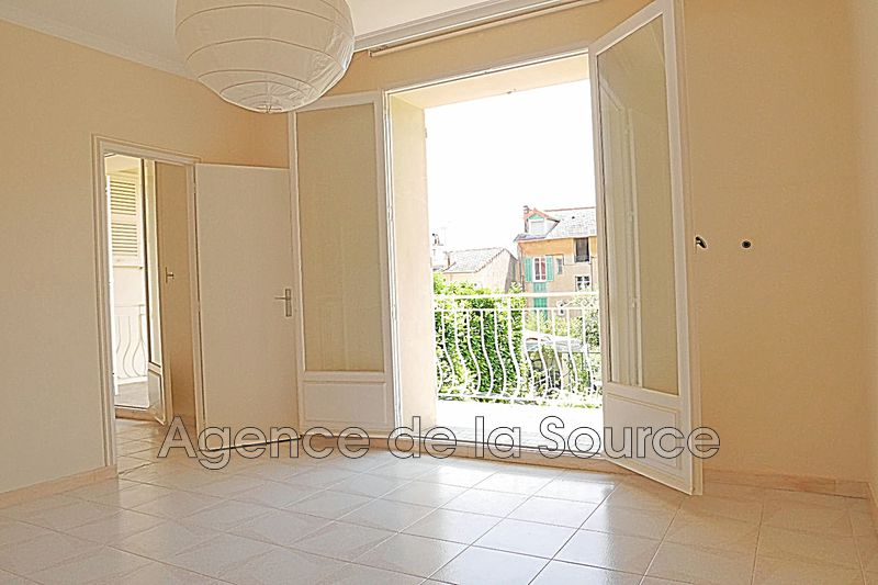 Photo Appartement Cannes Bas petit juas,  Location appartement  2 pièces   48 m²