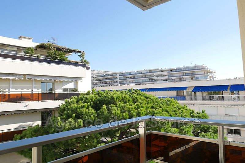Photo Apartment Cannes Basse californie,  Rentals apartment  2 rooms   50 m²
