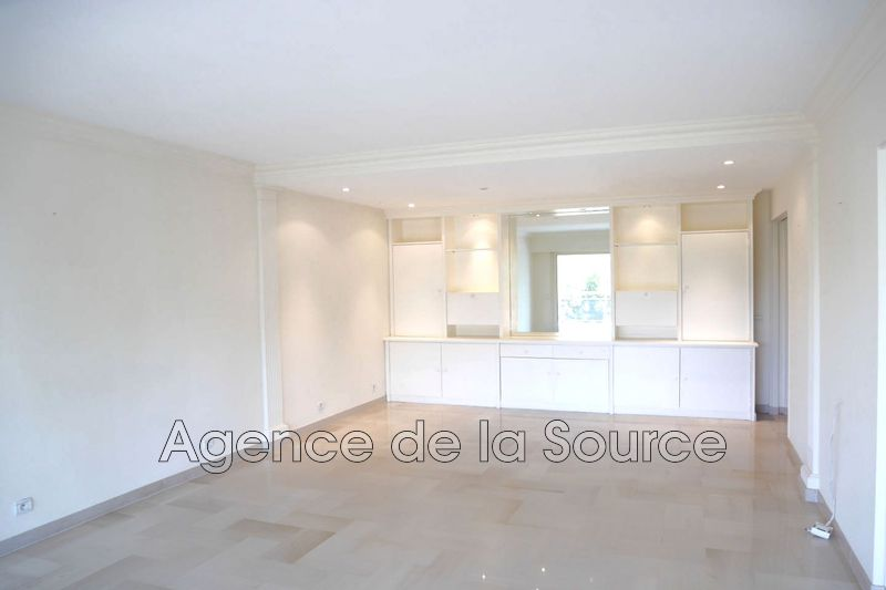 Photo n°2 - Location appartement Cannes 06400 - 1 310 €