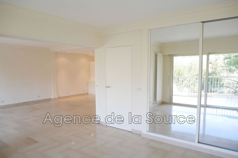 Photo n°3 - Location appartement Cannes 06400 - 1 310 €