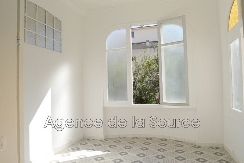 Photo Appartement Cannes Galliéni,  Location appartement  3 pièces   81 m²