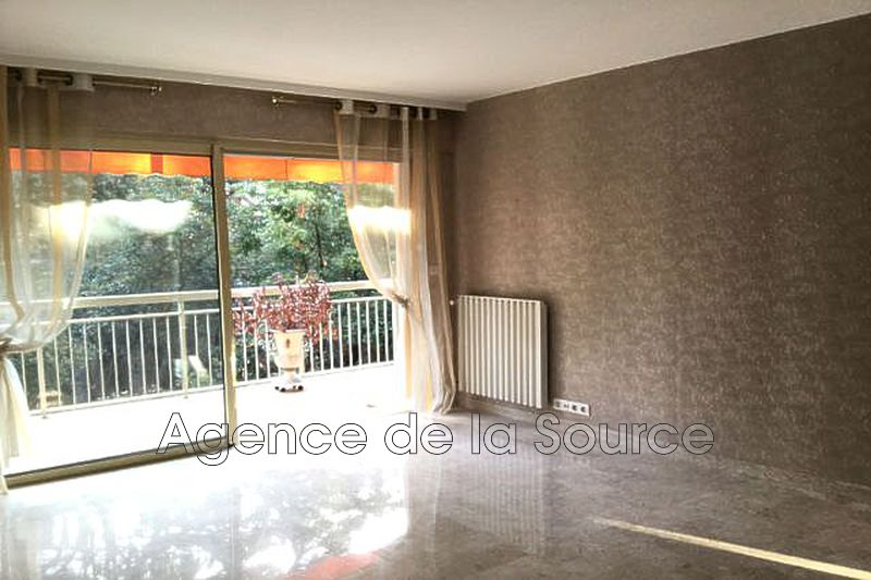 Photo n°3 - Location appartement Cannes 06400 - 1 260 €