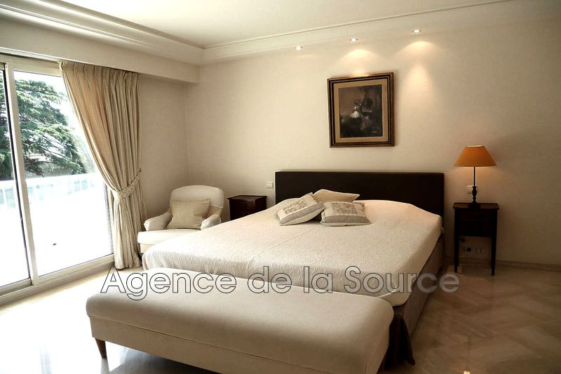 Photo n°6 - Location appartement Cannes 06400 - 4 080 €