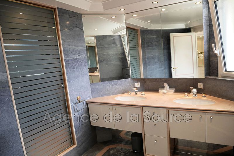 Photo n°9 - Location appartement Cannes 06400 - 4 080 €