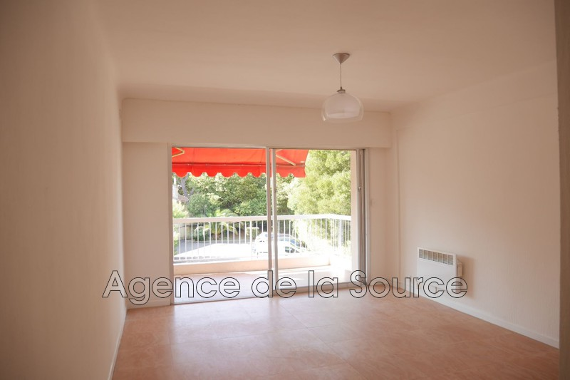 Photo Appartement Cannes Basse californie,  Location appartement  1 pièce   23 m²