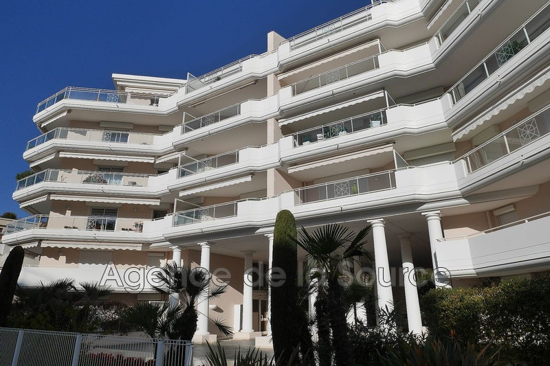 Photo Apartment Cannes Palm beach,  Rentals apartment  2 rooms   40 m²