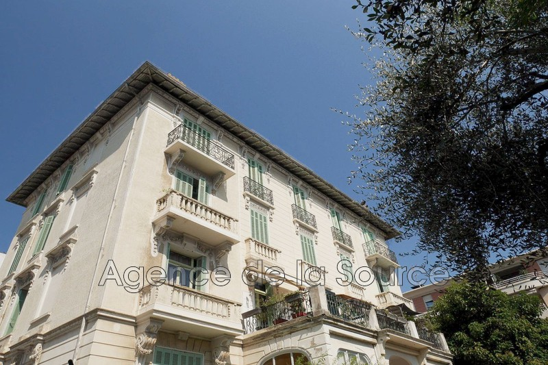 Photo Appartement Cannes Carnot,  Location appartement  3 pièces   74 m²