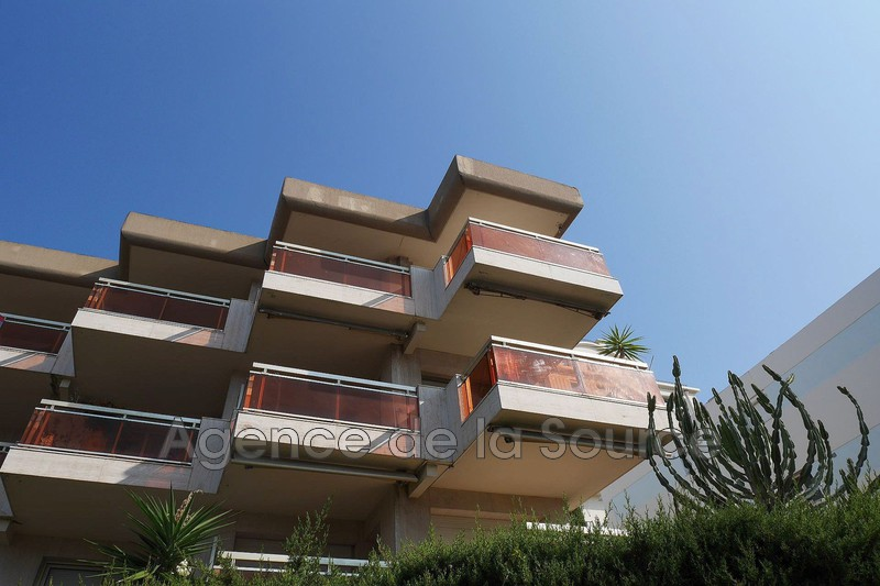 Photo Apartment Cannes Basse californie,  Rentals apartment  3 rooms   78 m²