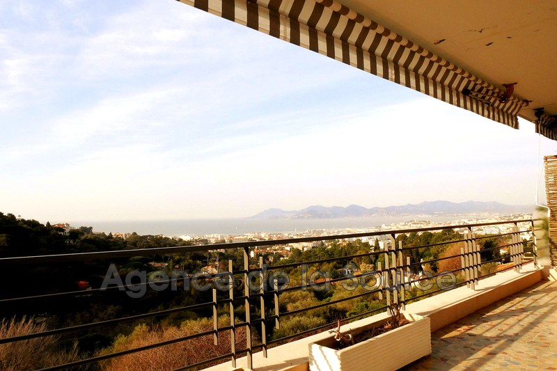 Photo Appartement Cannes Basse californie,  Location appartement  1 pièce   37 m²