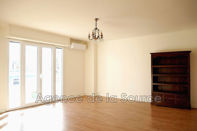 Photo Appartement Cannes Basse californie,  Location appartement  2 pièces   41 m²