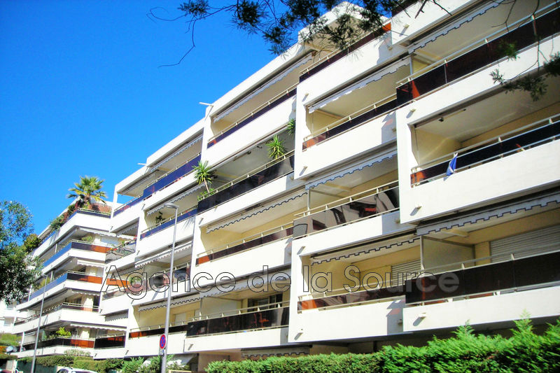Photo Apartment Cannes Basse californie,   to buy apartment  2 rooms   50 m²