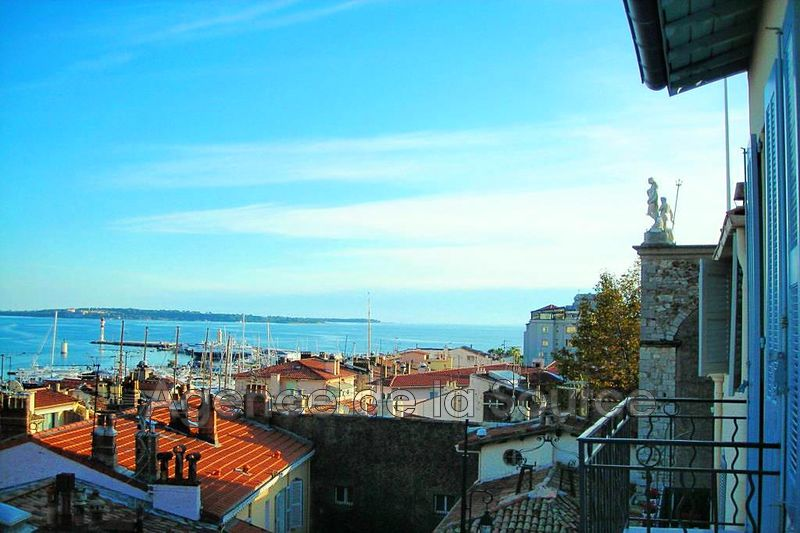 Photo Apartment Cannes Le suquet,   to buy apartment  3 rooms   84 m²
