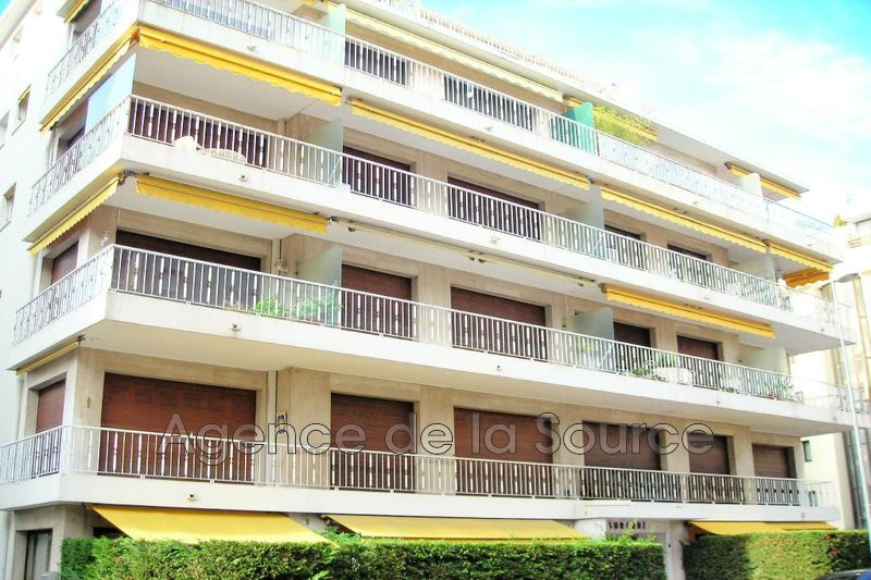 Photo Apartment Cannes Palm beach,   to buy apartment  3 rooms   60m²