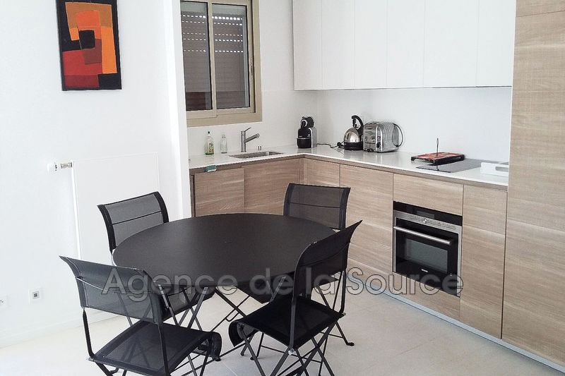 Photo n°1 - Vente appartement Cannes 06400 - 572 000 €