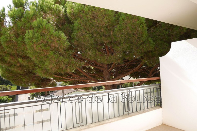 Photo n°2 - Vente appartement Cannes 06400 - 170 000 €