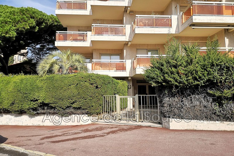 Photo Apartment Cannes Basse californie,   to buy apartment  2 rooms   57 m²