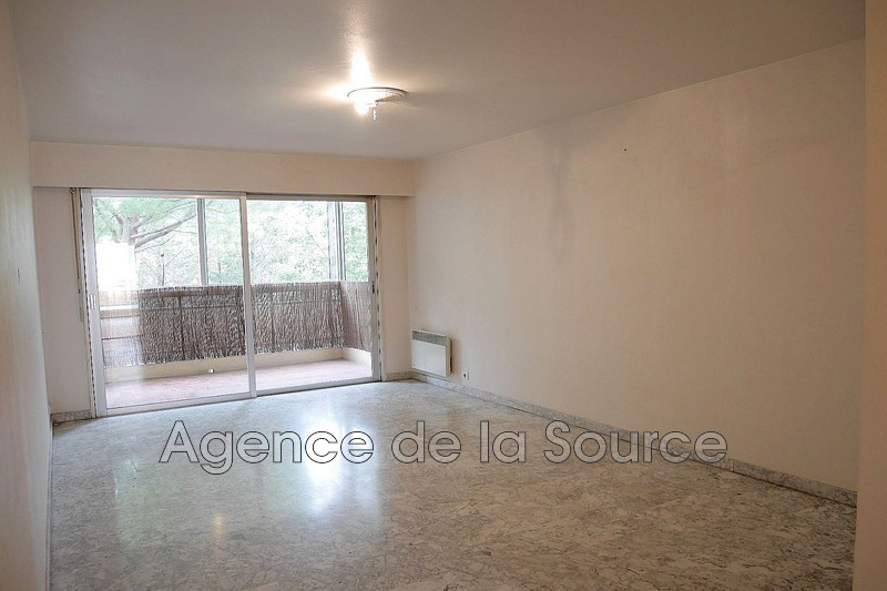 Photo n°2 - Vente appartement Cannes 06400 - 243 000 €