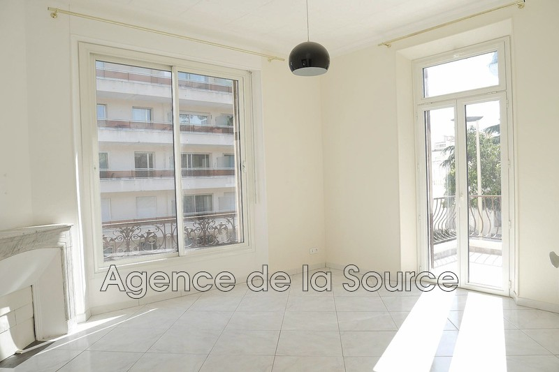 Photo n°2 - Vente appartement Cannes 06400 - 233 000 €