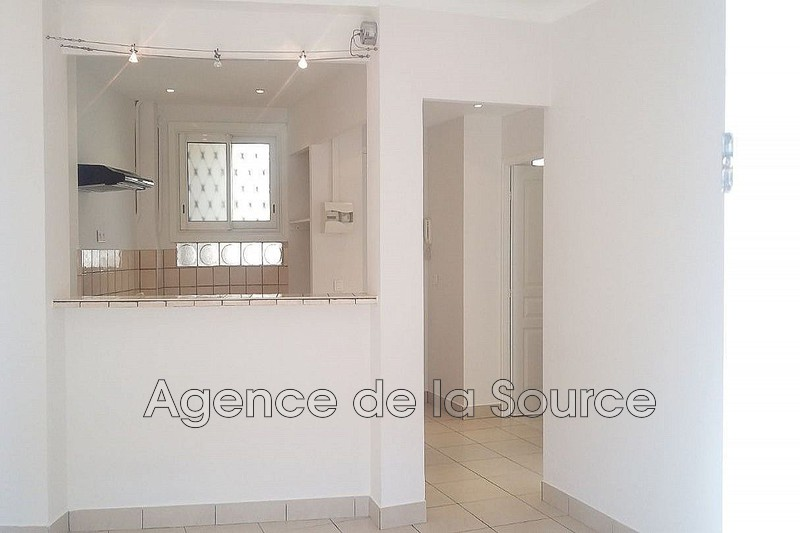 Photo n°3 - Vente appartement Cannes 06400 - 220 000 €