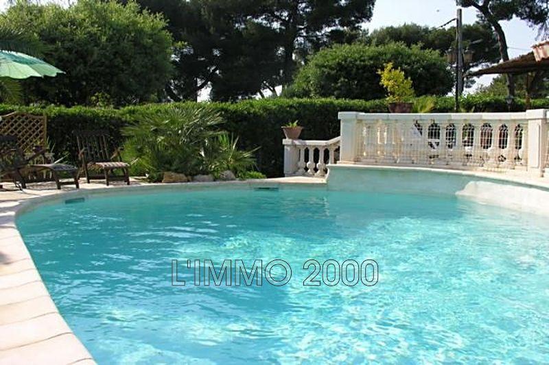 maison  5 pièces  Cap d'Antibes Versant ouest du cap  130m² -