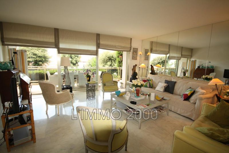 appartement  3 pièces  Cap d'Antibes Port gallice  110m² -