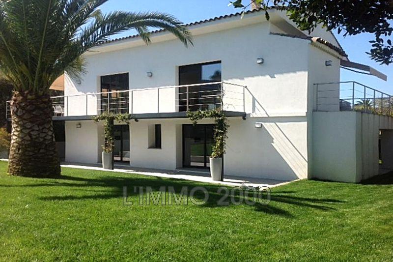 maison  6 rooms  Cap d'Antibes   230m² -