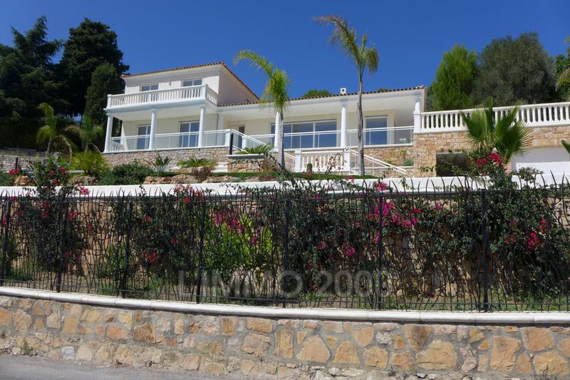 maison  5 rooms  Vallauris Heights  250 m² -